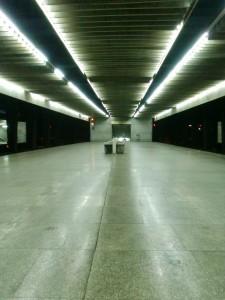 Quai de gare à Varsovie